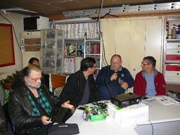 Samedi technique du 29/11/14 : - adaptateur USB pour Arduino MiniPro - installation de Linux (Mint)